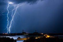 大雨来袭 注意这几点光伏电站才能不被水淹