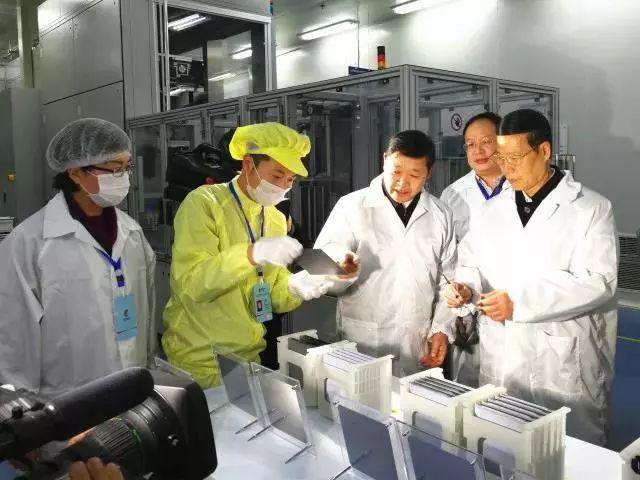 央视 | 光伏发电再登新闻联播,张高丽副总理点赞光伏产业发展!