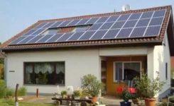 自家闲置屋顶变资源,太阳能光伏发电是如何让老百姓获益的?