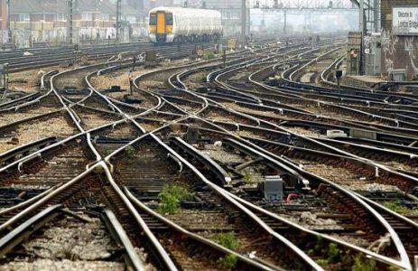 英国将尝试用太阳能发电驱动火车:占用电量10%