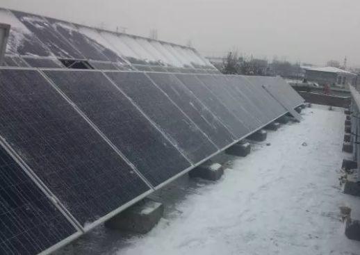 初雪辣么美!你家的光伏电池板还好吗?