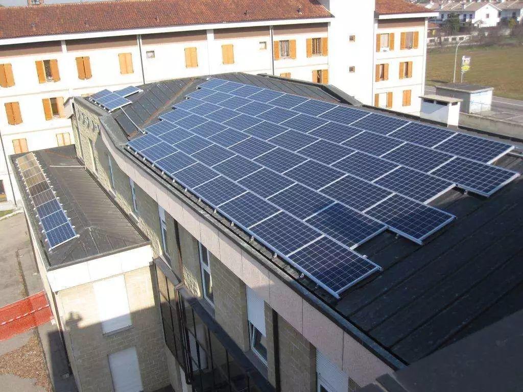 屋顶安装光伏一个月,竟被电网公司罚了几万块