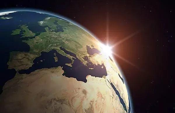 美文 | 一沙一世界,光伏创天堂