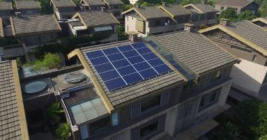 多地光伏电站发电量爆表!两招轻松让你家的光伏电站发电量超过邻居!(附识别靠谱安装商的方法!)