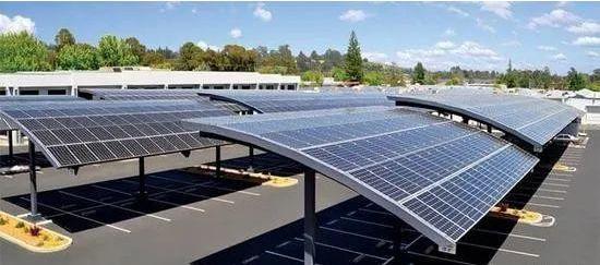 """宾利建设""""有史以来最大的太阳能停车棚"""",支持零碳发展!"""