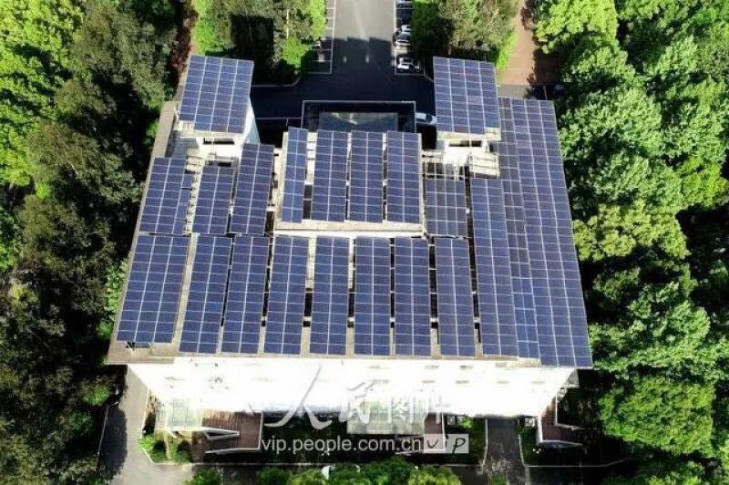 点赞 | 这些政府真时尚!带头在屋顶安装光伏发电项目!
