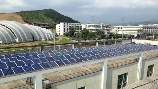 工商业屋顶安装光伏发电有这么多好处,不装就晚啦