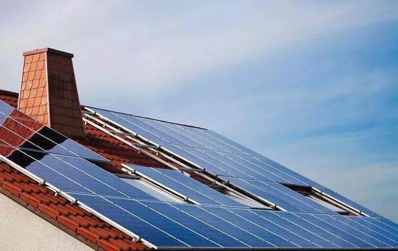 国家统计局:8月太阳能发电增长12.2%